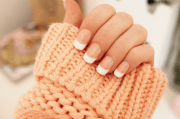 nails french manicure