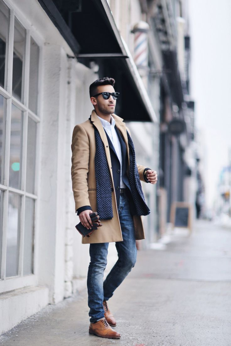 Trench Coats Men Classic Beige Jeans Scarf Gloves Sunglasses Mens Fashion