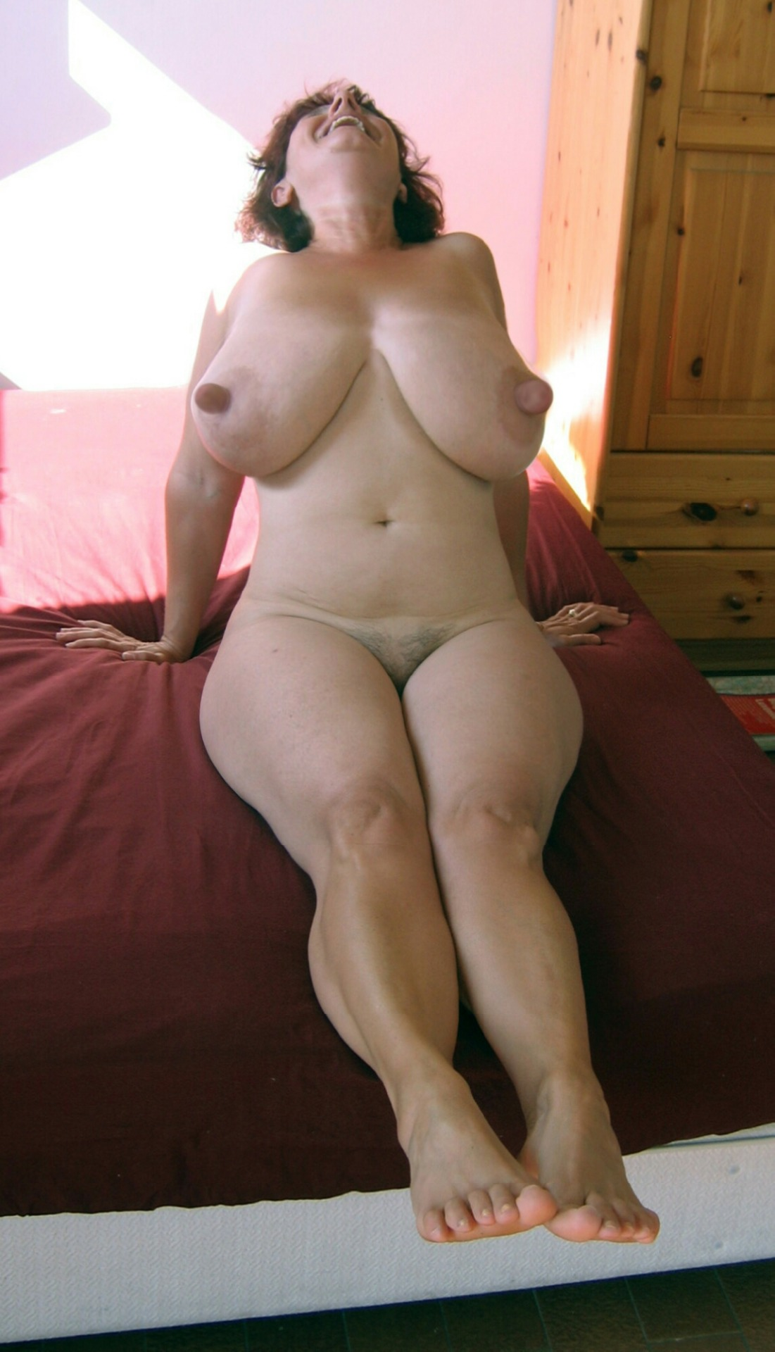 natural hanging boobs tumblr