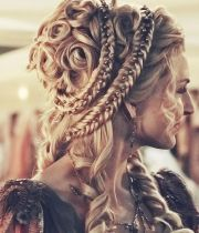 historical hairstyle