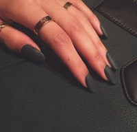 black matte nails | Tumblr