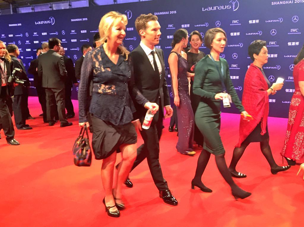 Kahina SekkaiArrivée de Benedict #Cumberbatch, présentateur des #LWSA15 #cumberbitches cc @ParisMatch