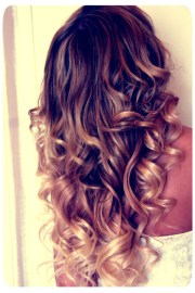 curly ombre hair