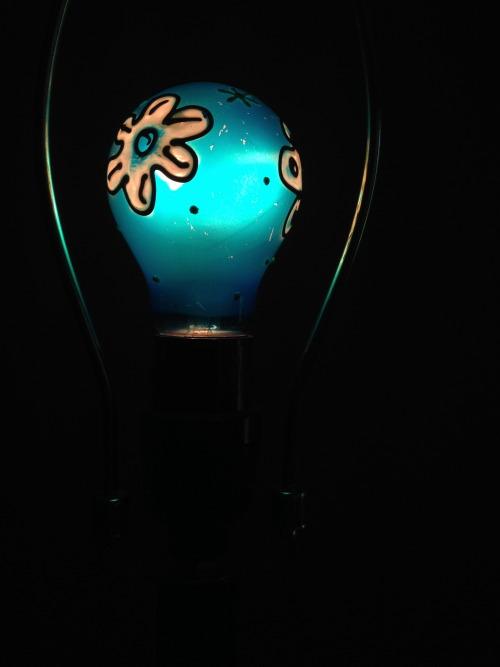 light bulb art on Tumblr