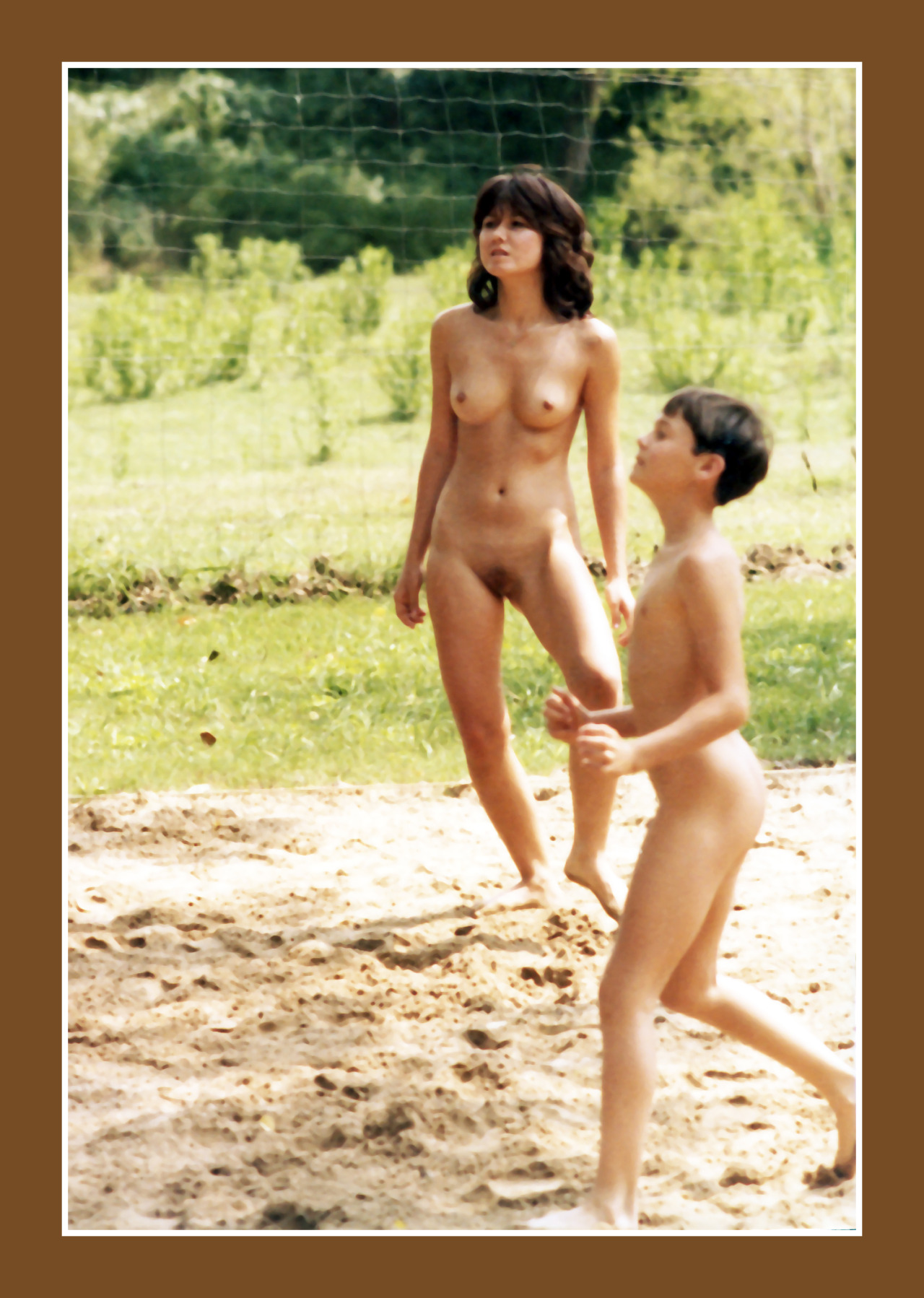 nudist mom and son