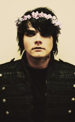 My Chemical Romance Iphone Wallpaper Sassy Gerard Tumblr