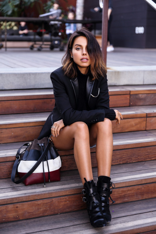 VivaLuxury - Fashion Blog by Annabelle Fleur: MALUBU CASUAL & PROENZA SCHOULER BUCKET BAG