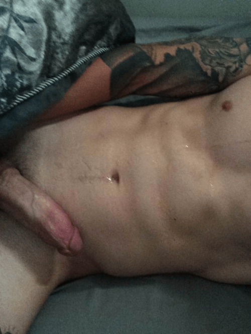tumblr hung gay