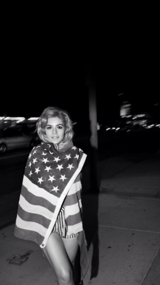 Marina And The Diamonds Quotes Wallpaper Photoshoot Black And White Music Song Request B Amp W The