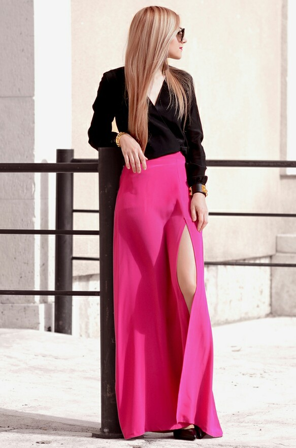 Black Silk, Pink Silk<br /><br /><br /><br /><br /><br /><br /><br /><br /> Shirt: Torannce | Skirt: Torannce | Shoes: Saint Laurent 'Thorn' pumps | Sunglasses: Prada (more colors here and here) | Bracelets: Hermés 'Collier de Chien', The Peach Box<br /><br /><br /><br /><br /><br /><br /><br /><br /> Oh My Vogue