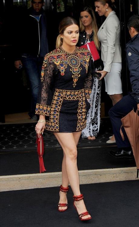 luvkardashjennx: May 23rd- Khloe leaving their hotel in Paris