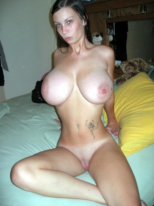 huge tits small waist tumblr