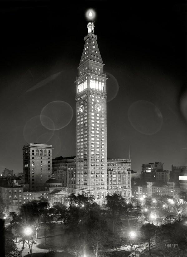 Grey Haas New York City circa 1910 quotMetropolitan Life