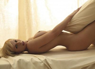 Yasmine Bleeth Upskirt 43