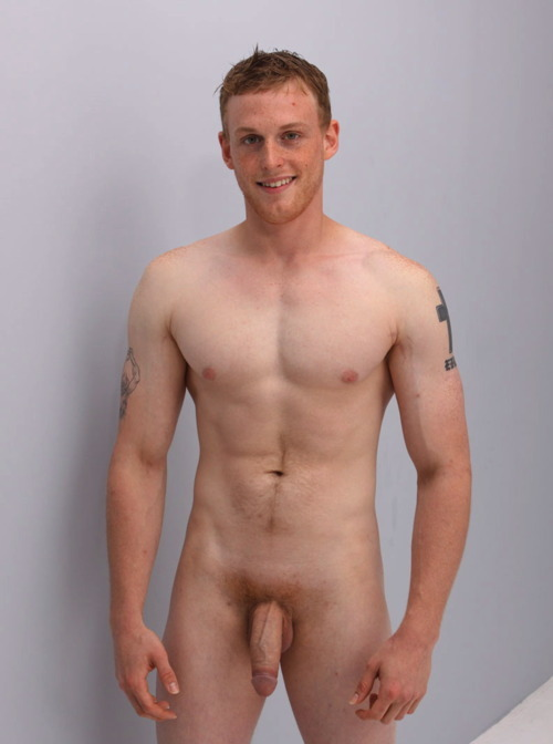 Hale  nackt Ginger Finding the