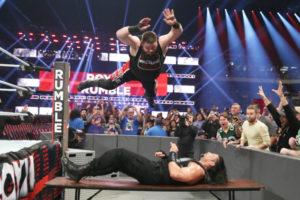 Royal Rumble 2017 Kevin Owens vs Roman Reigns