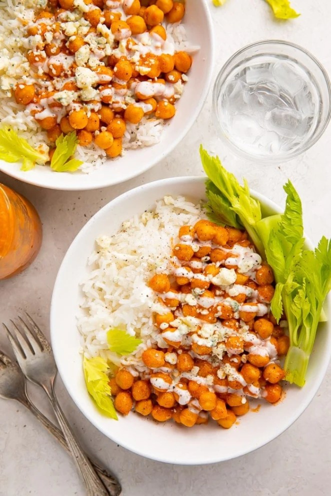 Two bowls of buffalo chickpeas