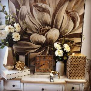 Gold Accents at Real Deals on Home Decor