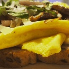 Egg Sandwich with Mushrooms and Shallots