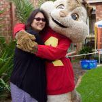 Alvin hugs a Mum