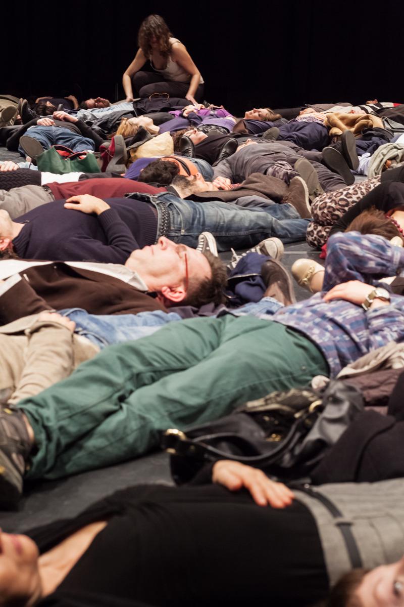 Il corpo chiede, Studio Secondo per l'estasi nel paesaggio, Teatro Studio Krypton, Scandicci, 2014 ph Nicolò Burgassi