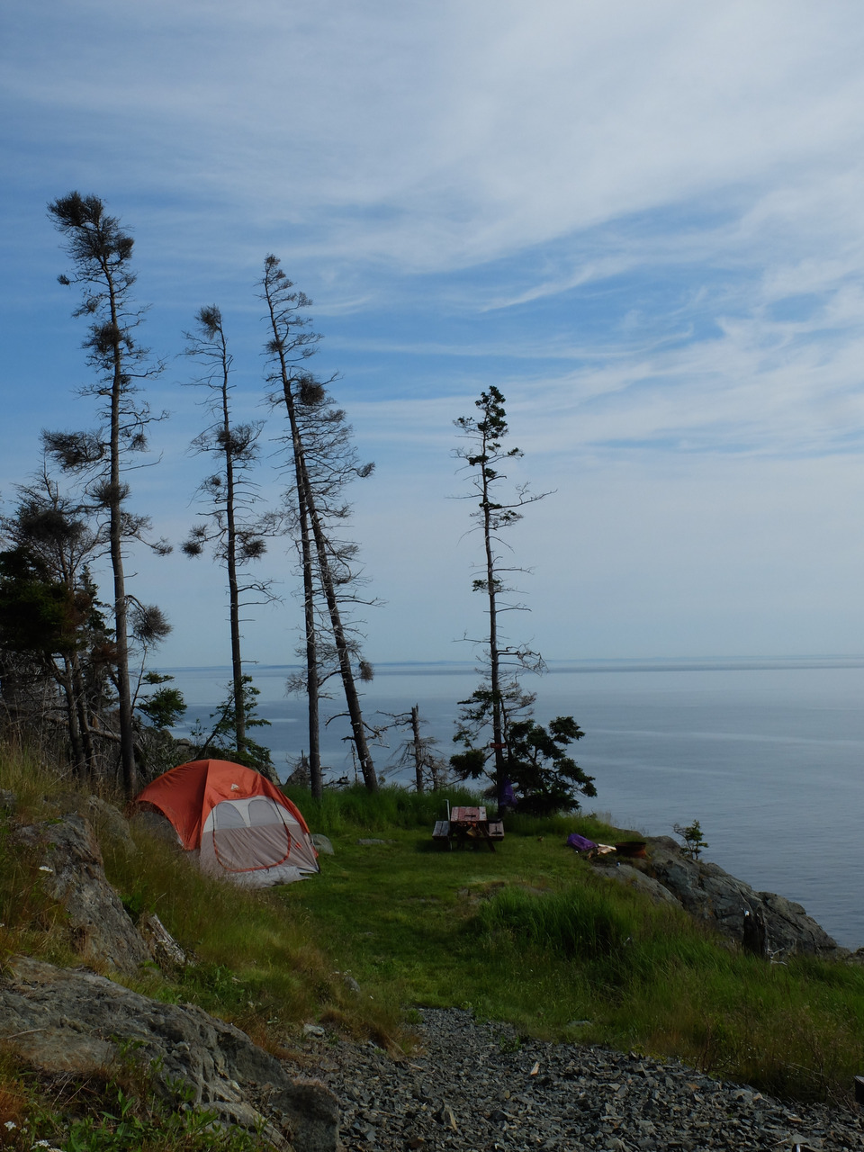 mangia minga // Travels: Grand Manan, New Brunswick. Cliff edge sites at Hole in the Wall campground
