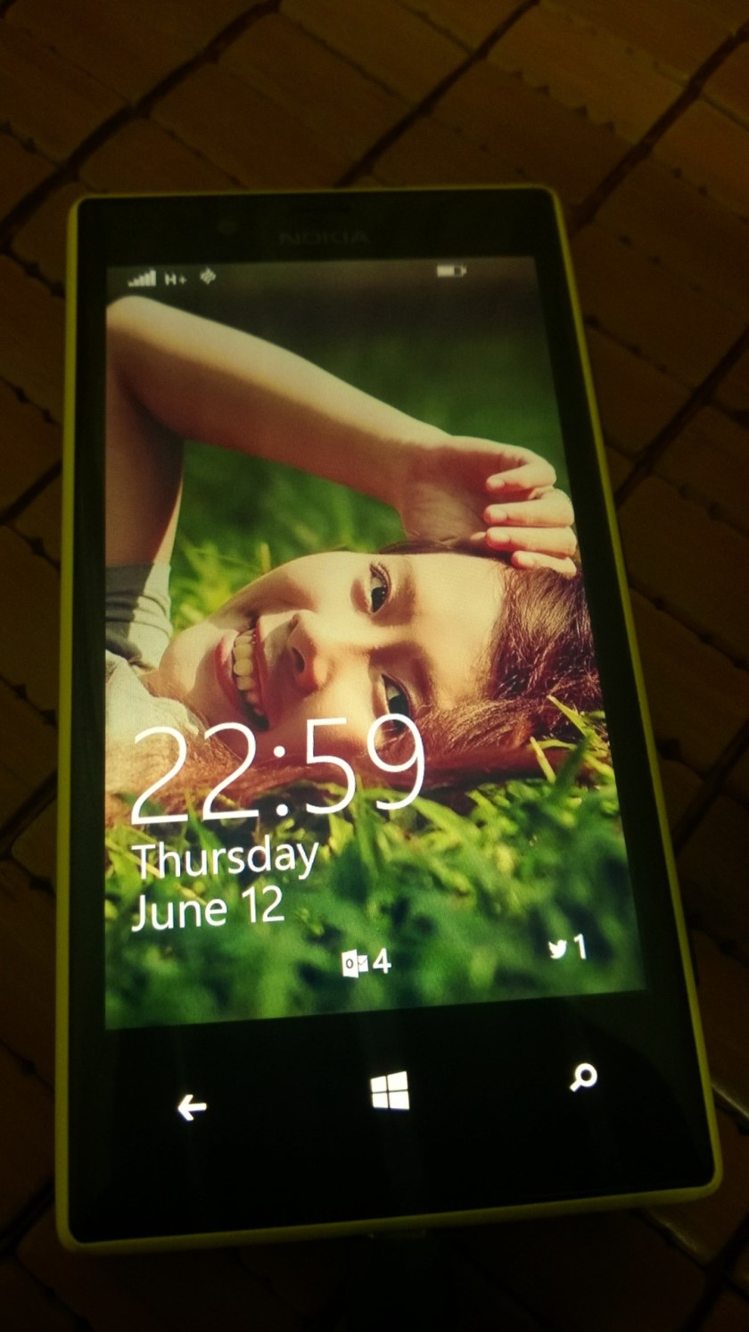 My Nokia Lumia 720's lockscreen