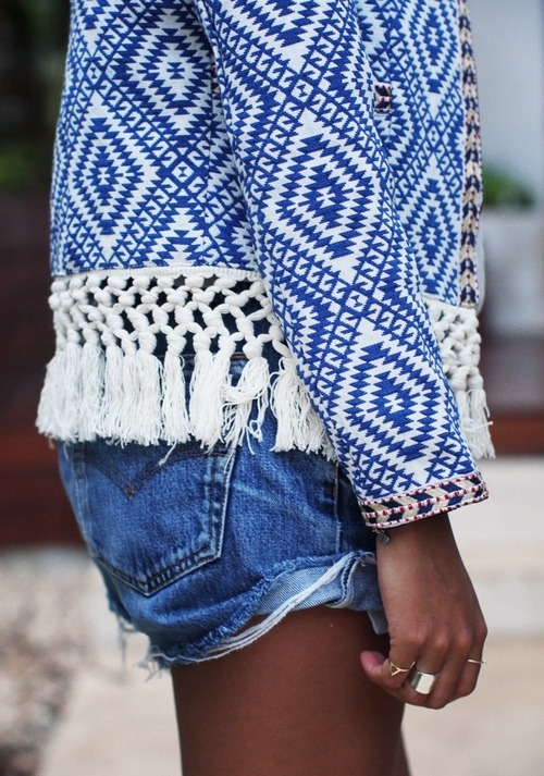 Imagen vía We Heart It #blue #bohemian #boho #denimshorts #streetstyle #summerclothes #fashioninspo - https://weheartit.com/entry/160416146/via/1375774