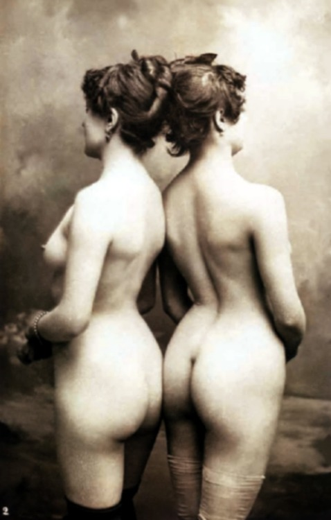 camerettasabauda:1900  things were looking good in 1900