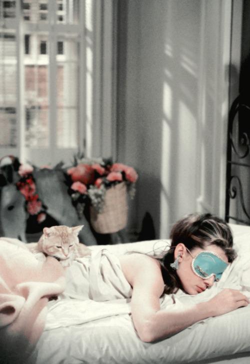 scarlettwitchhhh: vintagegal: Audrey Hepburn in Breakfast at Tiffany's (1961) dir.Blake Edwards  <3