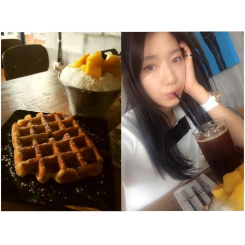 140618 Park Shinhye mentioned Seungri in her tweet AND.here's Seungri, who has an obsessive personality, and Taehyung, who overslept and almost forgot his appointment, presented Belgium waffle, Mango ice flakes, and iced Americano to Park Shin Hye who messed up her final exams. Delicious~~!! © trans ShirmpLJY