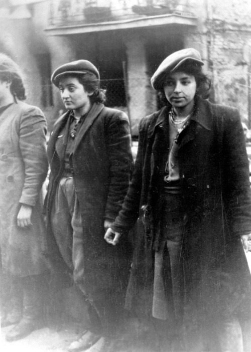 radicalfeministquotes: jewish resistance women, warsaw ghetto uprising, may 1943. always resist. never forget. I'm on a Jewish kick right now.