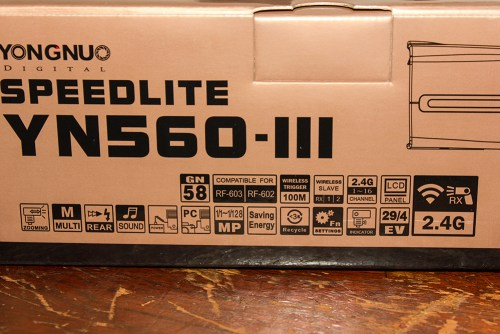 Yongnuo YN560-III box