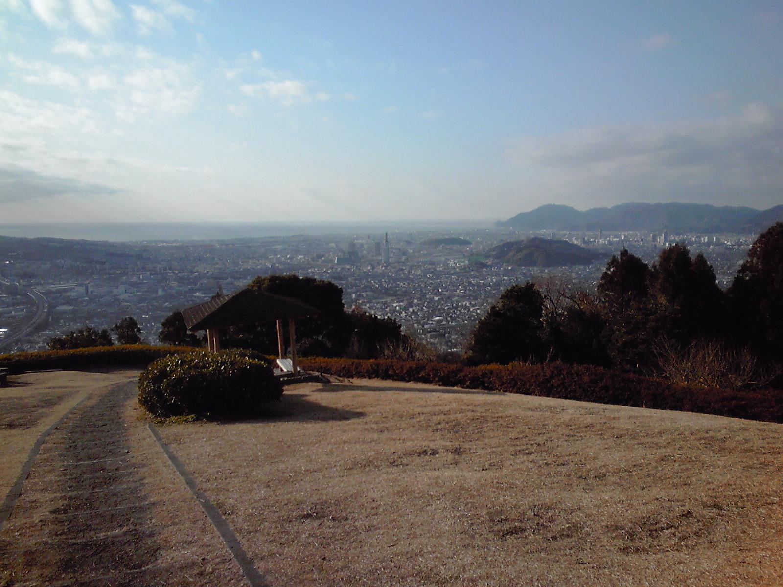大谷所長おすすめの静岡市の梶原山。すごくながめが良い、おすすめの場所。
