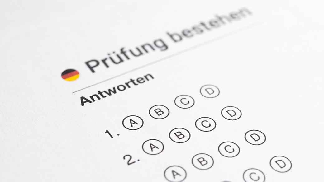 Top tips for scoring a Grade 7 on your German IB exam