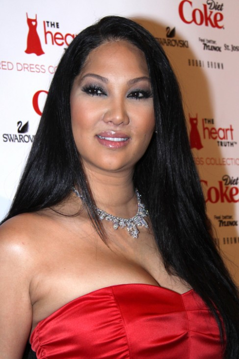 Kimora Lee Simmons in a red gown | Photo | Who2