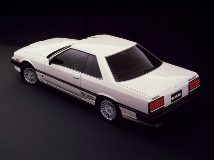 nissan_skyline_2000_turbo_rs-x_coupe_10