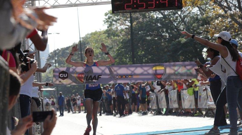 """Arelys """"Arepita"""" Rodríguez ganó la primera edición del maratón Caracas 42K/Cortesía Ultimas Noticias"""