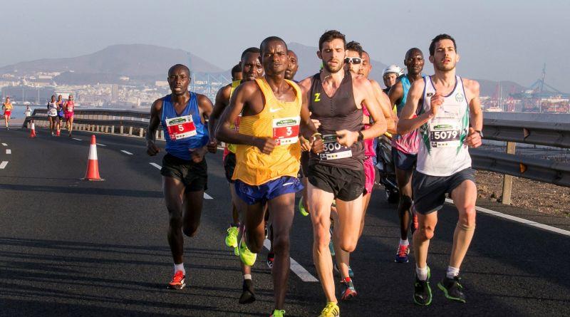 Las carreras de 42 kilómetros 195 metros exigen una gran preparación física y mental. Maratón de Gran Canaria/EFE