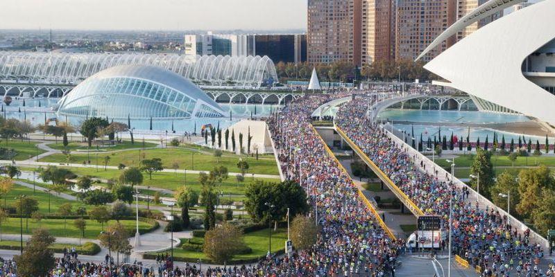 Un total de 22 mil personas se registraron para la edición de este año del maratón de Valencia, en España/Runnea.com