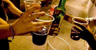 El alcohol NO se convierte en grasa. Sin embargo, se absorbe rápidamente en el tracto gastrointestinal /Cortesía