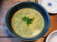Petersilien,Pastinaken Suppe mit Maronen - 14.10.15 (12)