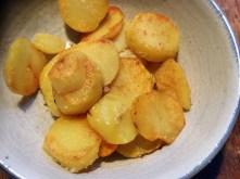 Wurzelgemüse,Bratkartoffeln,Petersiliensoße,,Forelle - 12.10.15 (11)
