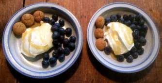 21.2.16 - Frikadellen,Kartoffelpü,Gurkensalat,Brokkoli,Dessert, (22a)