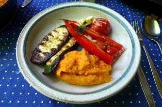 31.5.16 - Paprikapfanne,Zucchini,Süßkartoffelstampf (13)