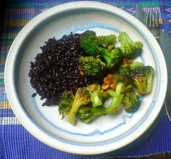 17.6.16 - Schwarzer Reis,Brokkoli,Erdbeeren (11)