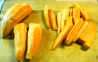 21.7.16 - Süßkartoffel Pommes,Pimientos,Zucchini,Kräuter Quark Dip (3)