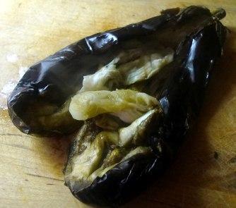 kartoffelgratingebratene-zucchinibaba-ganoushguacamoleolivengebackener-fetavegetarisch-7b