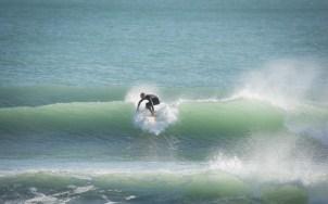 surfing boulder bank nelson new zealand, sv cavalo