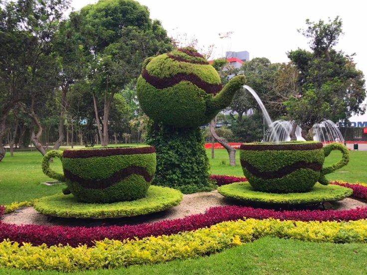 Teacup Fountain in Lima Peru
